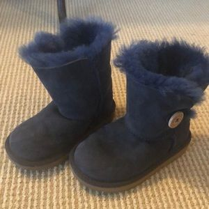 UGG Girls Size 9 Navy Blue Bailey Button Boots